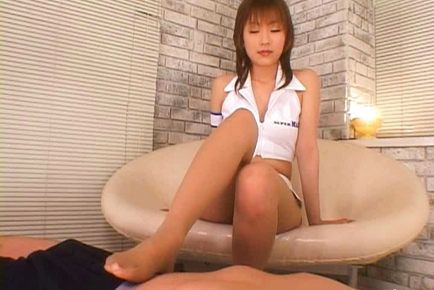 Misaki Ueno Asian beauty is a sexy racequeen